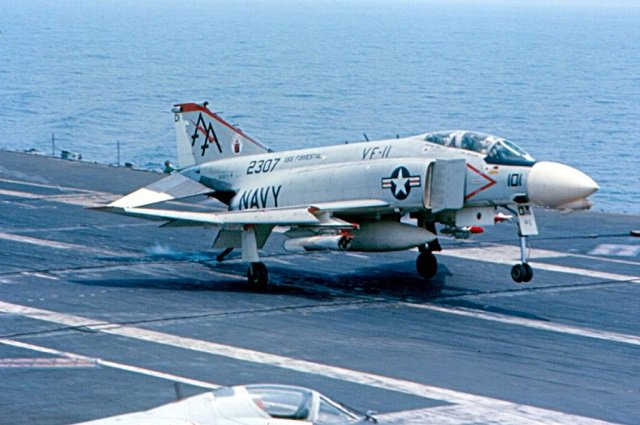 US Navy F-4, vietnam veteran news, mack payne