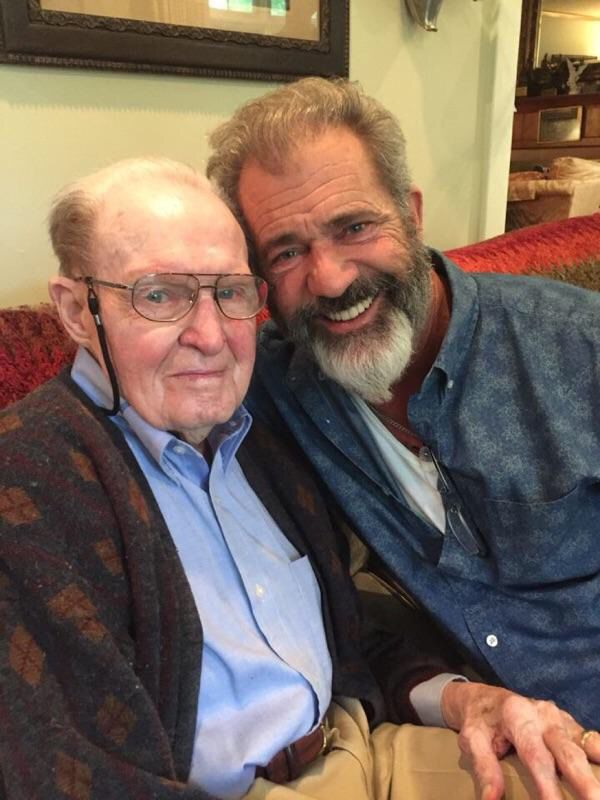 Mel Gibson and Hal Moore, vietnam veteran news, mack payne